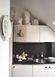 Une cuisine comme dans un musée. Plus de photos sur Côté Maison http://petitlien.fr/85rx