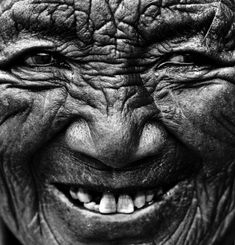 Old wrinkled face (great smile, smiling, portrait, people, photo, picture, photography, laugh, laughing, positive, inspiring, motivation, feel good, happy, happiness, joy, beautiful, amazing)