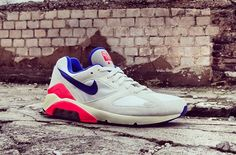 Nike Air Max for 30% off. It is amazing. 2014airmaxstores nikeshoes