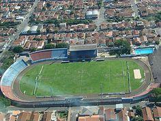 Estádio Luís Augusto de Oliveira - São Carlos (SP) - Capacidade: 10 mil - Clubes: São Carlos e São Carlense