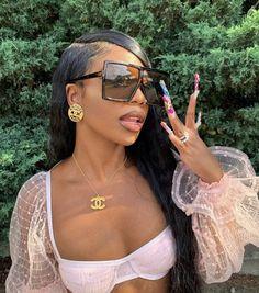 Baddie Hairstyles, Black Women Hairstyles, Ponytail Hairstyles, Pretty Black Girls, Black Is Beautiful, Fast Fashion, Fashion Beauty, Curly Hair Model, Pomes