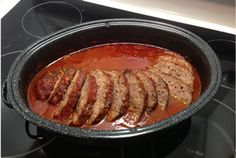 Pain-de-viande-sauce-rouge-à-la-mijoteuse. Slow Cooker Recipes, Beef Recipes, Cooking Recipes, Rustic Bread, Red Sauce, Baked Yams, Meatloaf, Crockpot, Tomatoes