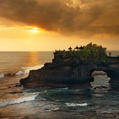 Temple of the Sea Gods, Tanah Lot - Bali, Indonesia