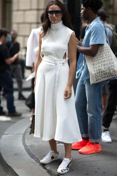 How to wear white head-to-toe on the blog now!
