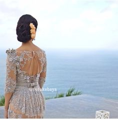 Sexy back Anggraini Vera Kebaya, Kebaya Lace, Kebaya Brokat, Model Kebaya, Dream Wedding Dresses, Traditional Dresses, Beautiful Dresses, Lace Dress, Gowns