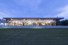 Gallery of CFB Borden All Ranks Kitchen and Dining Facilities / FABRIQ Architecture + Zas Architects - 15