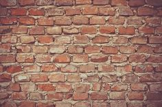 Guide to Brick Masonry Construction. These articles will help you on choosing the right mortar mix, how to install them, new trends and how to select the right brick for your project. Brick Masonry, Brick And Mortar, Concrete Bricks, Exterior Wall Materials, Wall Hd, Masonry Construction, Barcelona, Free Background Images, Free High Resolution Photos