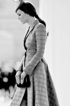 #DuchessKate looking very, very stylish in #AlexanderMcQueen...as well she should.    2