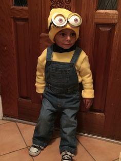 Toddler Minion costume.