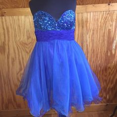Cinderella Blue Sequin Mini Dress Sweetheart strapless Neckline. Blue and green. Sequin bust. Worn once. Good condition. Cinderella Dresses Mini