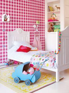 Kleurrijke kinderkamer van @lief! lifestyle #kidsroom #pink