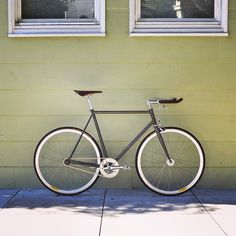 Matte clear coat over raw steel / Brooks Cambium saddle + tape / Sugino silver / Velocity white / #daily/nightly