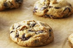 This Month's Recipes Choco Chips, Chocolate Chunk Cookies, Mini Chocolate Chips, Chocolate Recipes, Drop Cookie Recipes, Chip Cookie Recipe, Just Desserts, Delicious Desserts, Dessert Recipes
