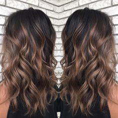 7 Chocolate and Caramel Balayage Brown hair with highlights is like a blessing for a girl who wants to draw attention to the rich beauty of her brunette hair. The balayage technique is not easy to create but its worth the price and effort. Dark Balayage, Balayage Hair Caramel, Brown Hair Balayage, Hair Color Balayage, Caramel Blonde, Brown Balyage, Bayalage On Dark Hair, Balyage Hair, Dark Ombre Hair