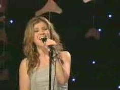 Kelly Clarkson acoustic