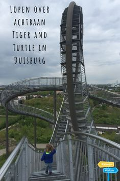 Lopen over achtbaan Tiger and Turtle in Duisburg Holiday Activities, Travel List, Travel Abroad, Plein Air, Germany Travel, Day Trips, Travel Inspiration, Beautiful Places, Road Trip