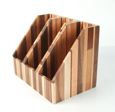 Projetos para experimentar on Pinterest | Wooden Tea Box, Guitar Stand ...
