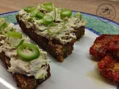 Homemade Smoked Mackerel Spread...smoked mackerel, cottage cheese, spring onion, himalayan salt, pepper, dried tomatoes