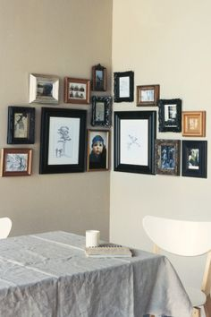 Best home style trends. Work a corner. Don't overlook the opportunity to use a corner; it offers up an intimate snapshot for display. Use larger pieces in the centre and work out from there.