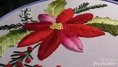 Aprenda a fazer varios pontos Hand Embroidery Flower Designs, Hand Embroidery Videos, Hand Embroidery Tutorial, Embroidery Saree, Hand Embroidery Stitches, Silk Ribbon Embroidery, Embroidery Kits, Ribbon Flower Tutorial, Diy Flowers