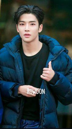 Korean Boys Hot, Korean Star, Korean Men, Asian Boys, Asian Men, Kim Ro Woon, Neoz School, Fandom Kpop, Kim Young