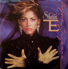 """Un Single [De Lo Nuevo en Programación] Sheila E. - Love Bizzare [Extended 12 Inch Mix] 1985 [Viernes, 22 de Julio 2016] €URO 80's """"La Radio del Ítalo Disco © 2011 - 2016 euro80s.net """"Somos Tu Mejor Opción en Internet"""" MD80's"""