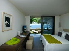 White Rocks Hotel Kefalonia island | Living Postcards - The new face of Greece