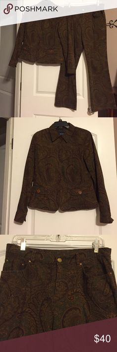 Jones New York Petite sportswear NWOT Paisley print w/browns, golds, greens, 5 button jacket has 2 pockets w/button closure, polyester lining, pants have 2 pockets front/back, zipper w/button closure, belt loops, both pieces 98/2 cotton/spandex, NWOT, jacket PM, pants 8P Jones New York Other