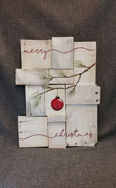 Cool 99 Eye Catching Rustic Christmas Decoration Ideas to Jazz Up Your Home. More at http://99homy.com/2017/11/06/99-eye-catching-rustic-christmas-decoration-ideas-to-jazz-up-your-home/