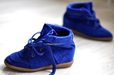 isabel marant bobby betty blue cobalt electric wedge sneakers. i want these more than air.