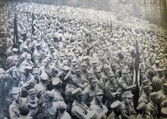 Rara foto de una reunión masiva de las SA ¡en 1931! En la localidad alemana de Bad Harzburg se produce una reunión masiva de miembros de las SA. No tendría nada de particular, si no fuera porque la foto es de ¡octubre de 1931! Aún faltaba más de un año para que Hitler llegara al poder...