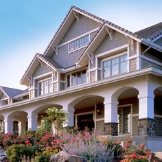 I really like the craftsman style.....much nicer than the boring old vinyl siding most houses including my current one have.