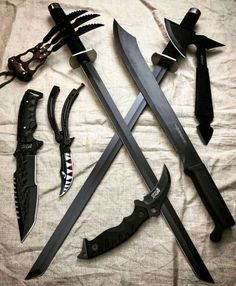 Is there a bag can hold them all? Zombie Weapons, Anime Weapons, Fantasy Weapons, Weapons Guns, Pretty Knives, Cool Knives, Swords And Daggers, Knives And Swords, Knife Aesthetic