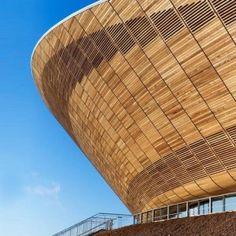 Velodrome, London 2012 Olympics by Hopkins Architecture Stadium Architecture, Timber Architecture, Amazing Architecture, Contemporary Architecture, Architecture Design, British Architecture, London Architecture, Organic Architecture, Dreams