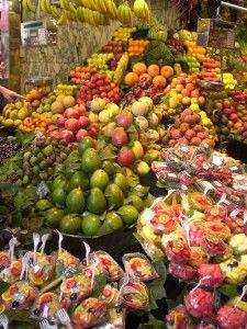http://upload.wikimedia.org/wikipedia/commons/0/0a/%22La_Boqueria%22_Market_(Barcelona,_Spain).JPG