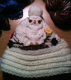Check out this item in my Etsy shop https://www.etsy.com/listing/121670997/winter-owlet-baby-hat