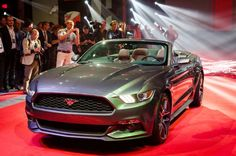 Quick Peek of the 2015 Ford Mustang Convertible at NYC Reveal