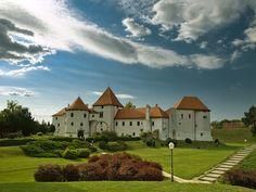 Varazdin Castle in Varazdin Slavonia Crotia   ( via shimodas )