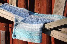 Baby Barn, Bra Hacks, Baby Knitting Patterns, Knitting Ideas, Fingerless Gloves, Sweater Cardigan, Knit Crochet, Free Pattern, Sewing