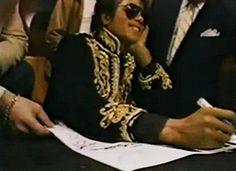 Michael Jackson gif ♡