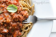 Veggieful: Vegan Spaghetti Bolognese Recipe