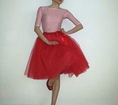 Tüllrock/Petticoat rot Rocklänge 55 cm von rosenrot berlin auf DaWanda.com