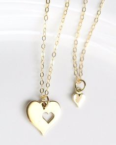 Mom and daughter necklace set, prefect Valentines day gift.