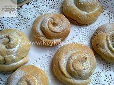 tahinopita Greek Recipes, Desert Recipes, Vegan Recipes, Chocolate Sweets, Love Chocolate, Greek Appetizers, Greek Sweets, Greek Cooking, Different Recipes