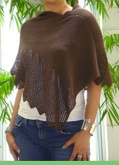 Ravelry: Lace Cotton Ponchette pattern by windloop