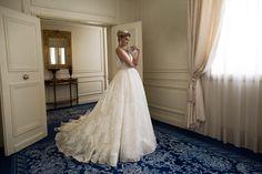 Abito da sposa Alessandra Rinaudo Modello: BRIDGET ARAB17630 collezione 2017