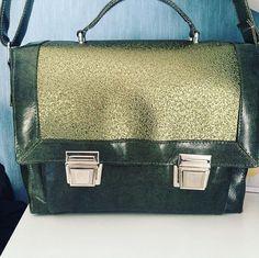 LCdC - Les Créas de Chacha sur Instagram: Une jolie commande d'un sac cartable modèle Quadrille de @patrons_sacotin , doublure , mercerie et simili de @lamerceriedescreateurs 🤩