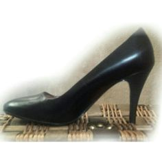 Perfect pump! Black leather heels A must have staple in every wardrobe! The perfect black pump can be worn all day and night in both fashion and function. Classy, sexy, and comfortable... the best combo!!! Very, very lightly worn. Worthington Shoes Heels