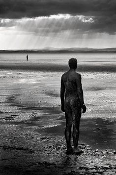 Antony Gormley 'Another Place' Abstract Sculpture, Sculpture Art, Metal Sculptures, Bronze Sculpture, Antony Gormley Another Place, Antony Gormley Sculptures, Artistic Installation, Light Installation, Sir Anthony
