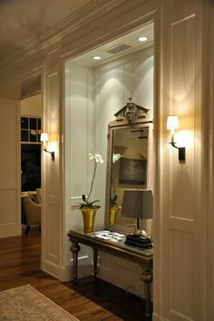 entry niche---fantastic lighting!     giannetiarchitects.com